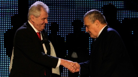 Bulgaria: Ex Czech PM Zeman Ahead of FM Schwarzenberg 59% to 41% - First Results
