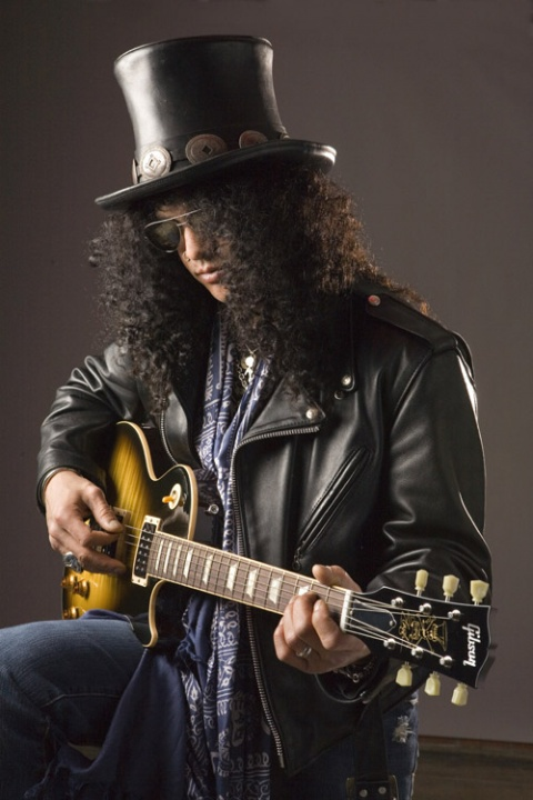 Bulgaria: Treat for Bulgarian Rock Fans: Slash First Sofia Gig