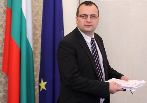 Bulgaria: Bulgarian Right-Winger Calls for Snap Elections