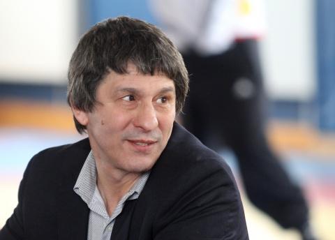 Schön Bulgaria: Bulgarian Star Wrestler Returns Gold Medal To International  Olympic Committee Valentin Yordanov ...
