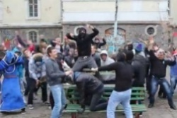 Bulgaria: Bulgarian Govt to Decide Fate of Embattled Harlem Shake Teacher