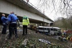 Bus Crashes in Belgium, 5 Dead: Bus Crashes in Belgium, 5 Dead