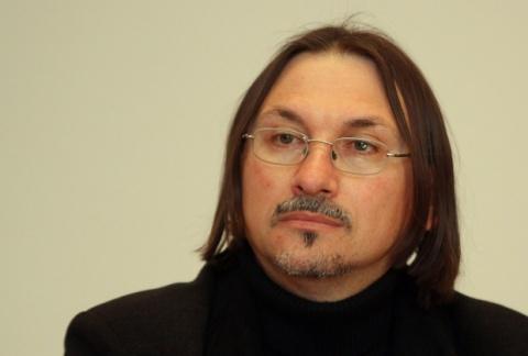 Bulgarian Investigative Journalist Receives Death Threat: Bulgarian Investigative Journalist Receives Death Threat