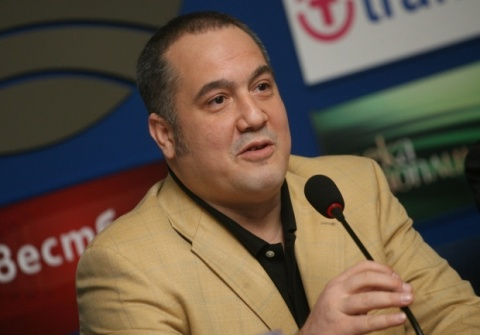 Bulgarian MEP Slavi Binev: Political Battle Turned into Uncontrollable War: Bulgarian MEP Slavi Binev: Political Battle Turned into Uncontrollable War