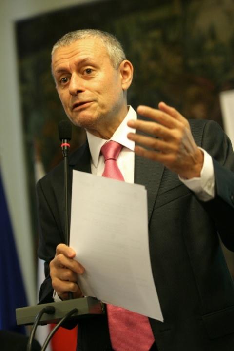 Bulgaria: Solomon Passy: Ex PM Borisov's Reputation Stains Bulgaria's Image