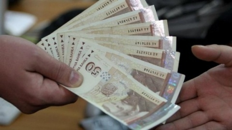 Bulgaria's Average Monthly Wage Up 4.3% in Q1 2013 Y/Y: Bulgaria's Average Monthly Wage Up 4.3% in Q1 2013 Y/Y
