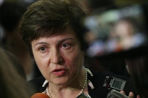 Bulgaria: Bulgarian EU Commissioner: Bulgarian Politicans Need 'Sobering'