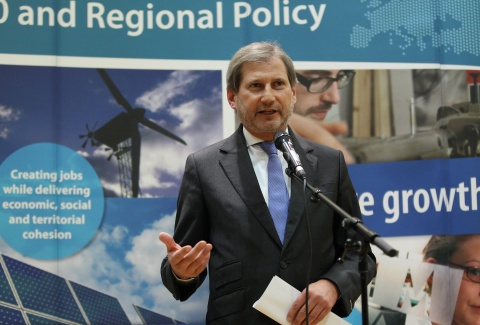 Bulgaria: EU Commissioner Hahn Expects Apology from Bulgaria's Transport Minister