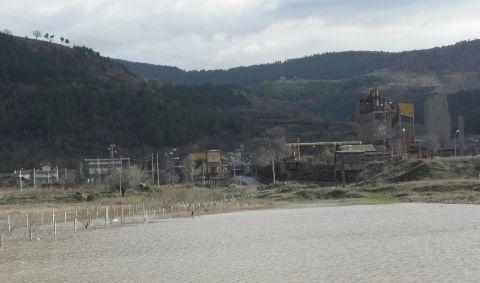 2 Die in Coal Mine Collapse in Bulgaria: 2 Die in Coal Mine Collapse in Bulgaria