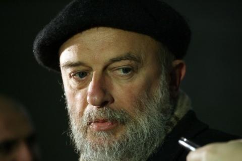 Bulgaria: Hunger-Striking Bulgarian Poet Rushed to Intensive Care