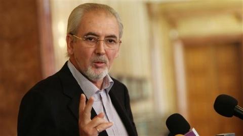 Bulgaria: Turkish-Bulgarian Liberals Back Embattled Cabinet's Program