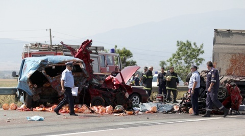Bulgaria: Romanian Truck Driver Arrested over Deadly Crash in Bulgaria