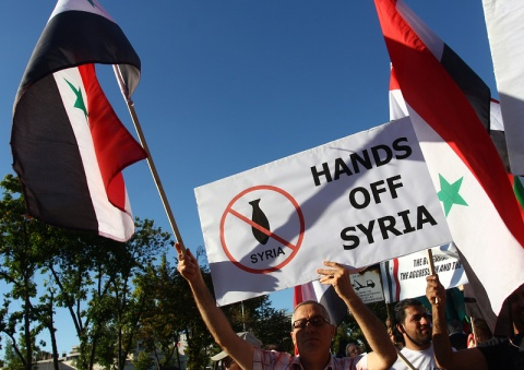 Bulgaria: Bulgarians, Syrians Stage Anti-War Protest outside US Embassy