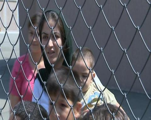 Bulgaria: Residents of Bulgaria's Harmanli Oppose Refugee Camp