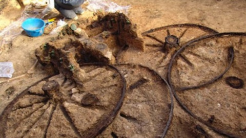 Bulgaria: Unique Thracian Carriage Discovered In Northern Bulgaria
