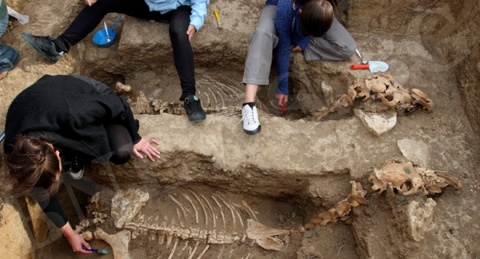 Bulgaria: 2500-Year-Old Horse Remains in Bulgaria Suggest Creatures Were Buried Upright*