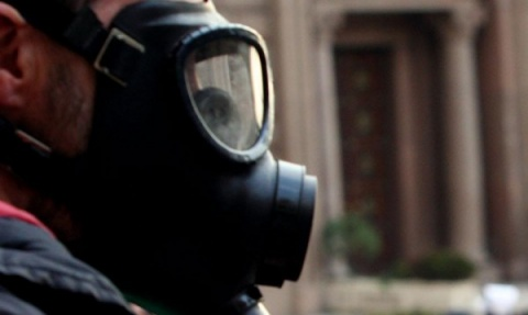 """Bulgaria: Bulgarian Theater Students Stage """"Gas Masks"""" Protest Performance"""