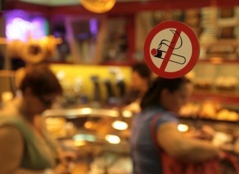 Bulgaria: Bulgarian Health Ministry to Increase Smoking Ban Checks during Holidays