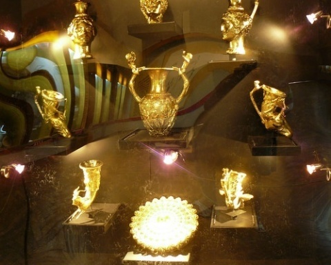 Bulgaria: Thracian Gold Returns to Sofia's History Museum