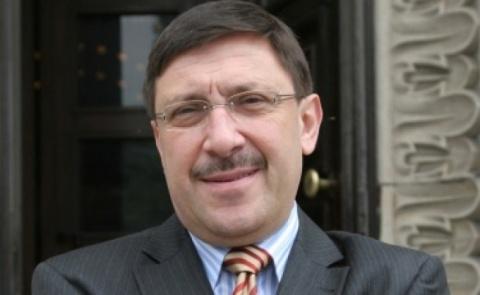 Bulgaria: Siderov Stars in Soap Opera Scenario - Bulgarian PR Expert Maxim Behar