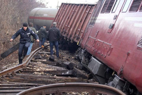 Bulgaria: Freight Train Goes Off Rails in Bulgaria