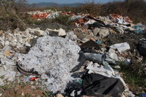 Bulgaria: Environmentalists Hail EC Move to Sue Bulgaria over Illegal Landfills