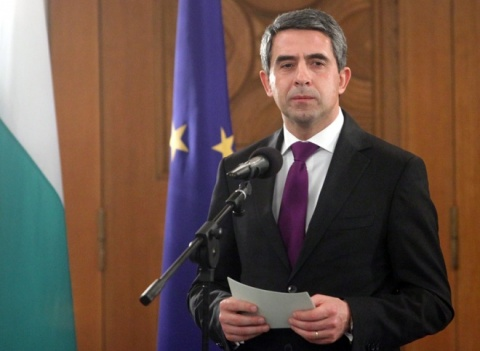 Bulgarian President Sees Democracy's Future in Referendums: Bulgarian President Sees Democracy's Future in Referendums