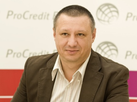 Bulgaria: Bulgarian Banker Proposes Ban On Fast Credit Ads