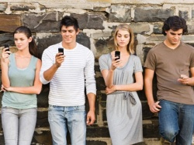 Bulgaria: Bulgaria's Mobile Operators To Change Tariffs In Mid-April