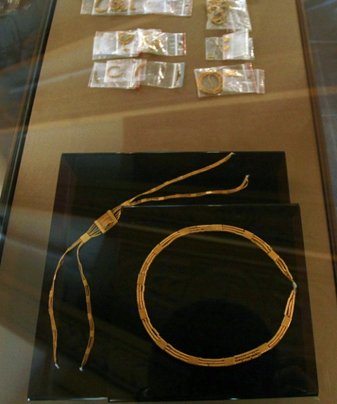 Bulgaria: 5000 YO Golden Treasure on Display in National History Museum