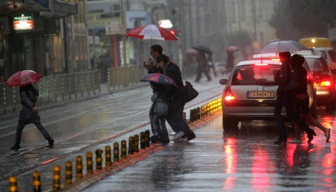 Bulgaria: Rain Continues to Grip Bulgaria, Code Yellow in Northwest