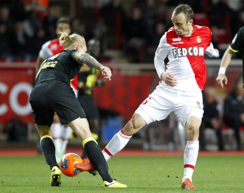 Bulgaria: Bulgaria's Berbatov Signs 1-Year Contract Extension with AS Monaco