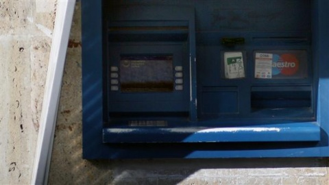 Bulgaria: 11 Bulgarians Arrested for Skimming Credit Cards