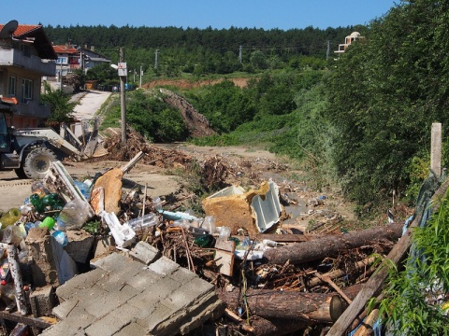 Bulgaria: Authorities Order Mandatory Evacuation of 27 Properties in Asparuhovo