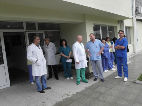 Bulgaria: Bulgarian Doctors Stage Protest, Threaten to Resign
