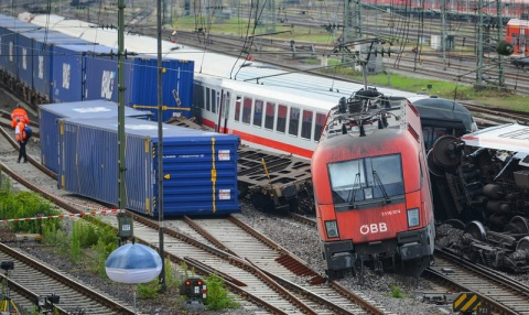 Bulgaria: Dozens Injured As Trains Collide Near Germany's Mannheim