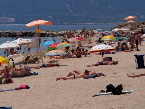 Bulgaria: Up to 20000 Russians Unable to Visit Bulgaria due to Bankruptcies