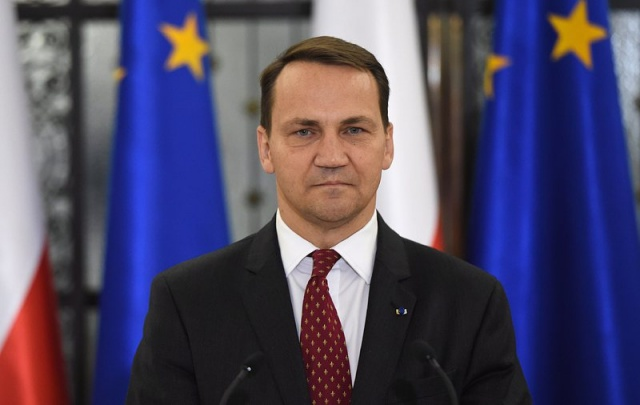 Bulgaria: Russia 'Offered Poland Part of Ukraine' - Former FM