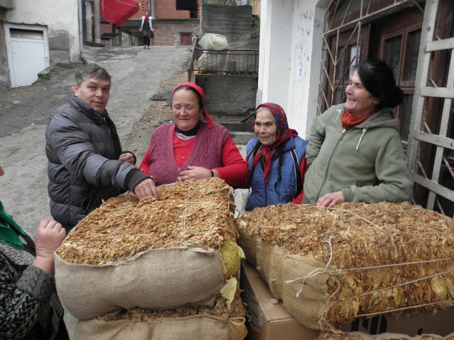 Bulgaria: Bulgaria's Tobacco Producers Stage Further Protests