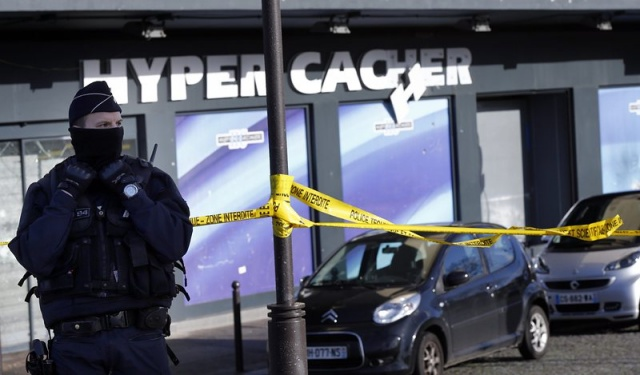 Bulgaria: Man Claiming to Be IS Member Says in Video He Was Paris Supermarket Attacker