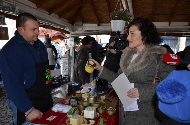 Bulgaria: Farmers' Market for Bulgarian Products Opens in Sofia