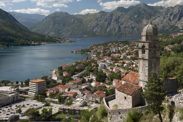 Bulgaria: Montenegro Records Impressive EUR 5,5 B in Foreign Investment