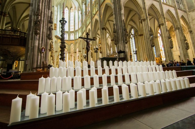 Bulgaria: Memorial Service for Germanwings Victims to be Held in Cologne