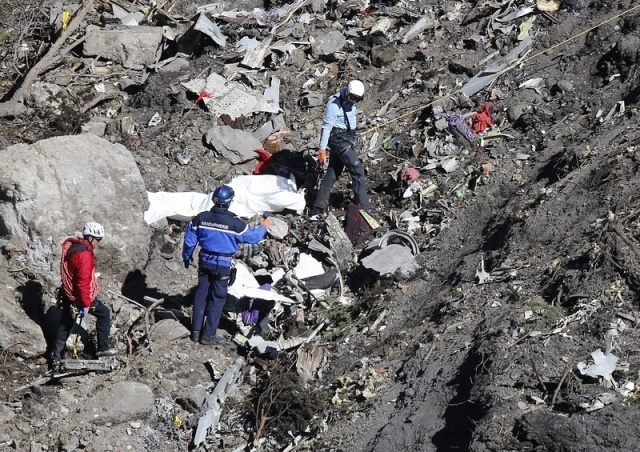 Bulgaria: Operation on Collecting Debris of Crashed Germanwings Plane Completed