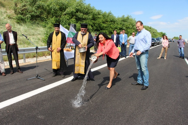 Bulgaria: Repairs of Roads Leading to Bulgaria's Black Sea Coast to Stop on July 1