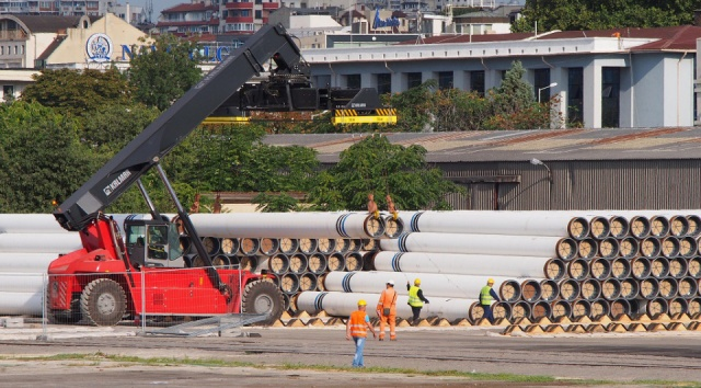 Bulgaria: Saipem 700 Pipe-Laying Vessel Leaves Bulgaria's Port Burgas To Join Turkish Stream
