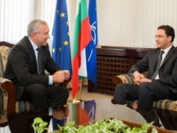 Bulgaria Will Continue Helping Moldova Build Closer Ties with EU