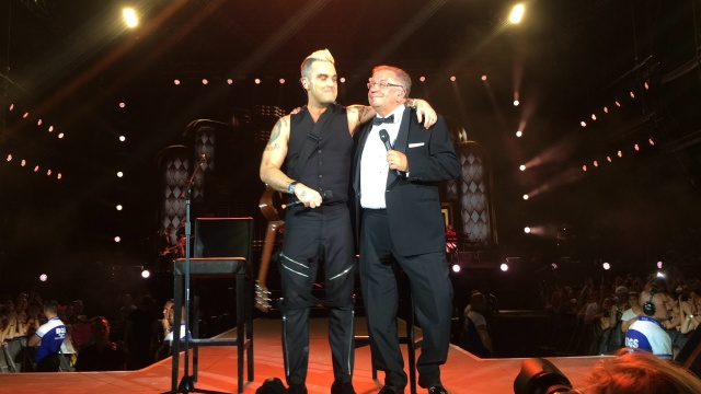 Bulgaria: Robbie Williams to Perform With His Father at Bulgaria's Spirit of Burgas