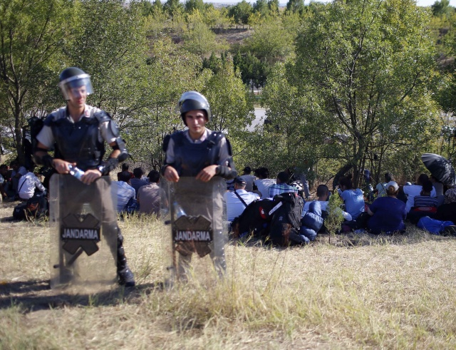 Bulgaria: The Times: Refugees Stepping up Use of Route via 'Bulgarian Badlands'