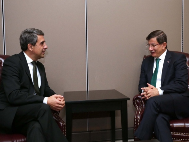 Bulgaria: Bulgaria's President, Turkey's PM Discuss Gas Link